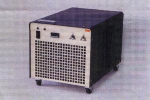 低温ガス発生装置