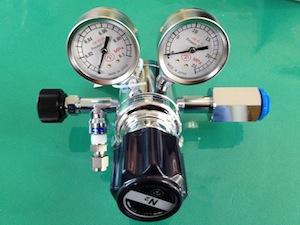 微圧調整器