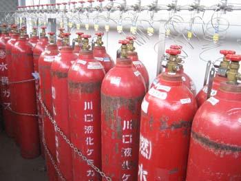 水素ガス集合設備(マニホールド)