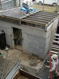ボンベ庫の構造