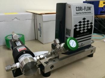 高温(120℃) 液体マスフローコントローラーです!