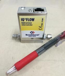 小型圧力コントローラー