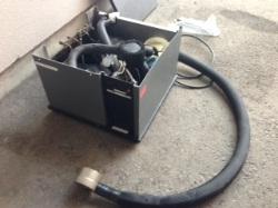 冷凍機の補修