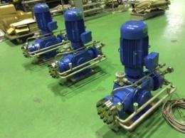 反応性各種高圧ガス対応 PTFEダイヤフラム加圧ポンプ