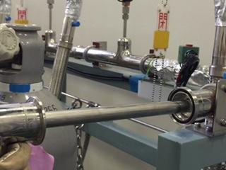 2016.11.22液体窒素配管5.JPG