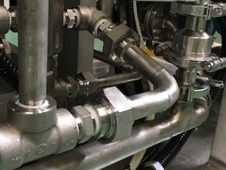 第4197号 各種高圧ガス、薬液、冷媒、真空、排気 装置取り回しSUS製配管など