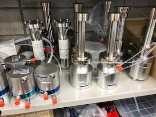 第4249号 冷凍機と真空二重液体窒素容器・フレキ製作品
