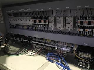 第4559号 高圧ガス、真空機器、低温機器、制御盤 Control Distribution boards