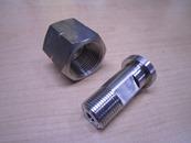 CGA165メス袋ナット x 1/4スリーブL=40mm.jpg