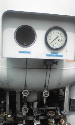 CO2タンク9.jpg