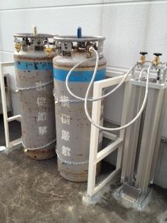 液体窒素容器での窒素ガス供給設備