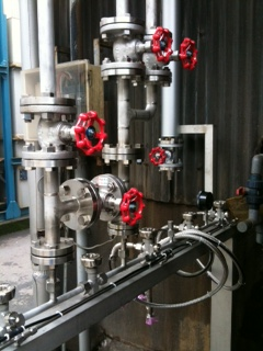 腐食系ガス供給設備